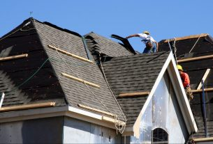 The Selection of Best Roofer Contractor for Property Resale