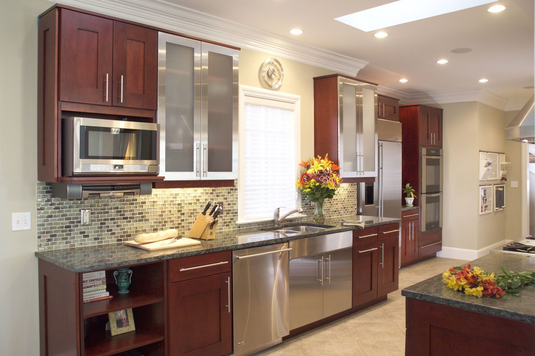 Advantages of Relying on Experts for Constructing New Kitchens