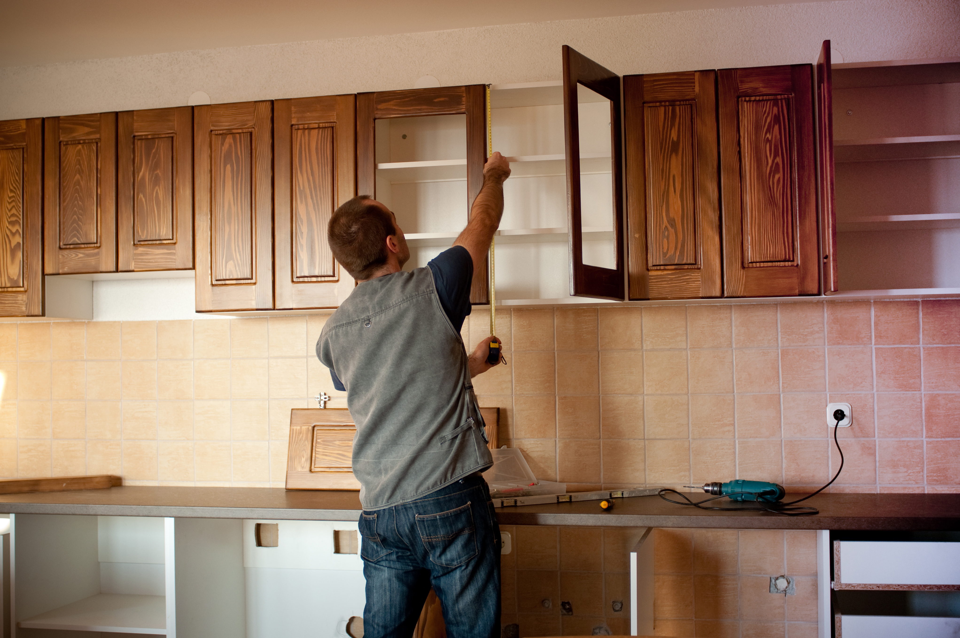 The Risk factors of undertaking Home Renovations Services yourself